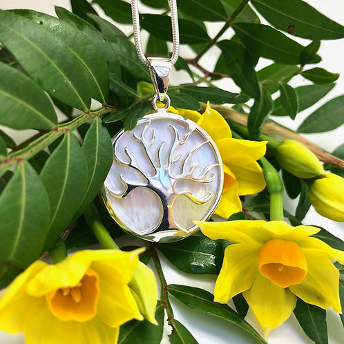 Mother of Pearl Tree of Life Circular Pendant