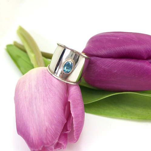 Topaz in Silver Band Ring