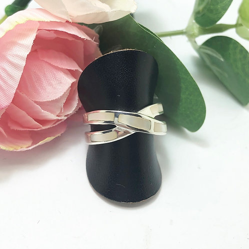 Mother of Pearl Criss-Cross Silver Ring