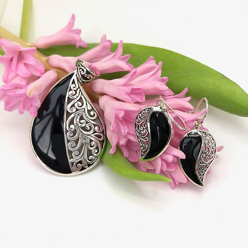 Black Resined & Silver Filigree Comma Set