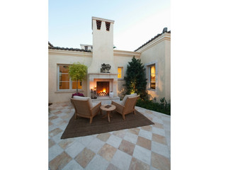 Outdoor fireplace memories await!