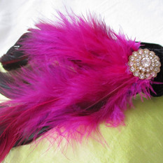 pink feathered flapper girl fascinator