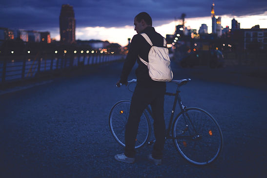 nb_reflective_bike_backpack_3_cmyk.jpg