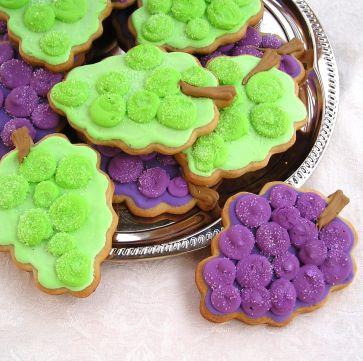 Grape cookies, Wine tasting cookies, Red grape cookies, Green grape cookies
