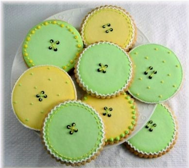 Cute as a Button cookies, Baby Shower button cookies, Baby Shower cookies LA, hand decorated baby cookies