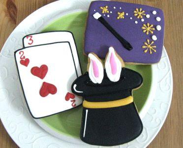 Magic party favor cookies, top hat cookies, playing card cookies, magic wand cookies, magic cookies Los Angeles