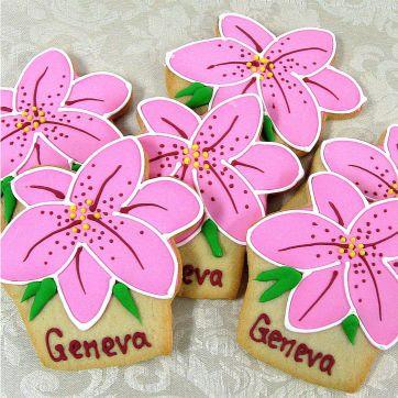 Lilly cookies Los Angeles, flower cookies, pink flower cookies, Lilly, lillies, Lillies