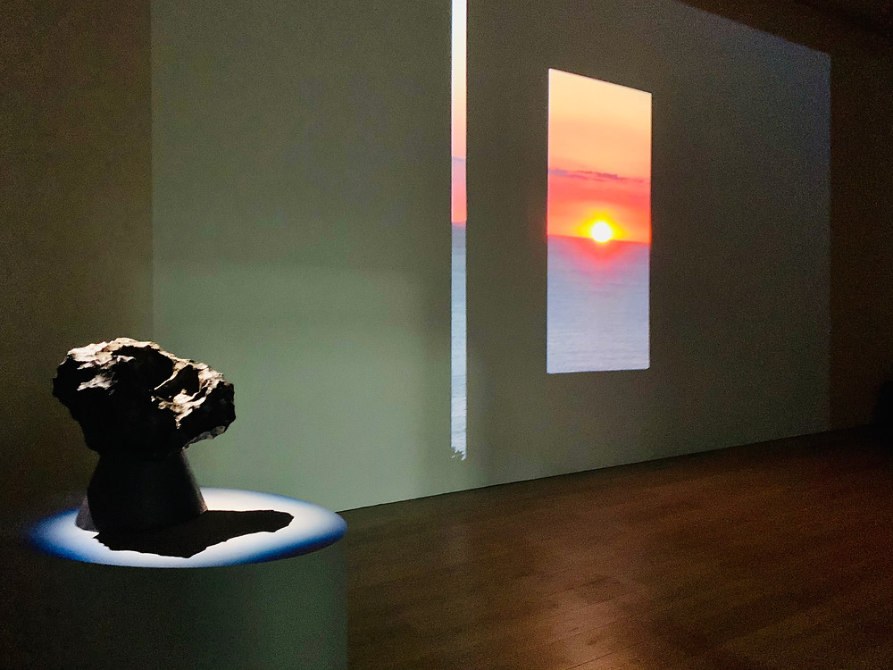 Por-do-sol no Observatório de Enoura, em Odawara, obra de Sugimoto Hiroshi.