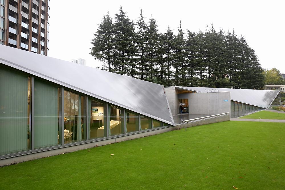 O 21_21 Design Sight é um esforço conjunto de dois grandes profissionais japoneses.