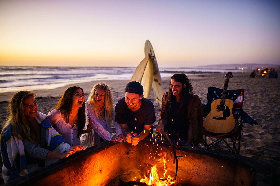 fire-on-the-beach-2000x1334.jpg
