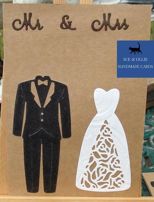 "Brown ""Mr & Mrs"" Wedding Card"