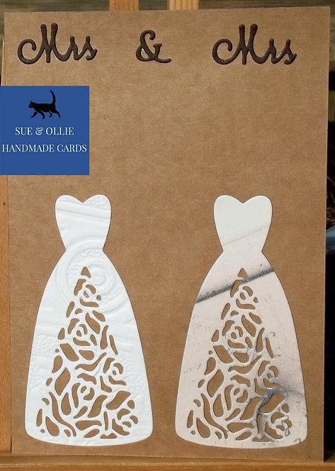 "Brown ""Mrs & Mrs"" Wedding Card"