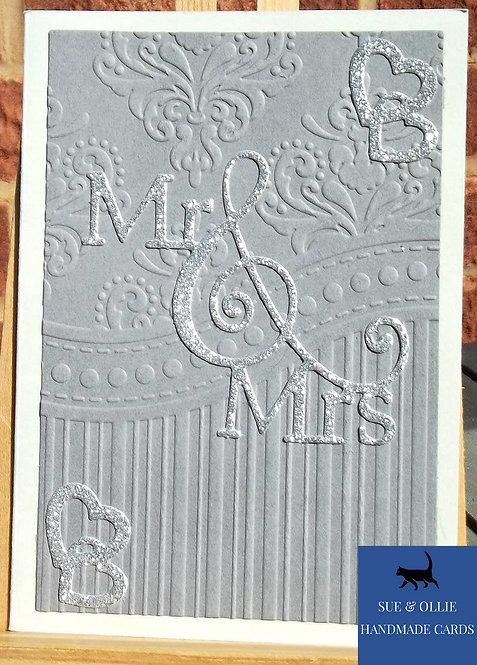 """Grey """"Mr & Mrs"""" Wedding Card"""