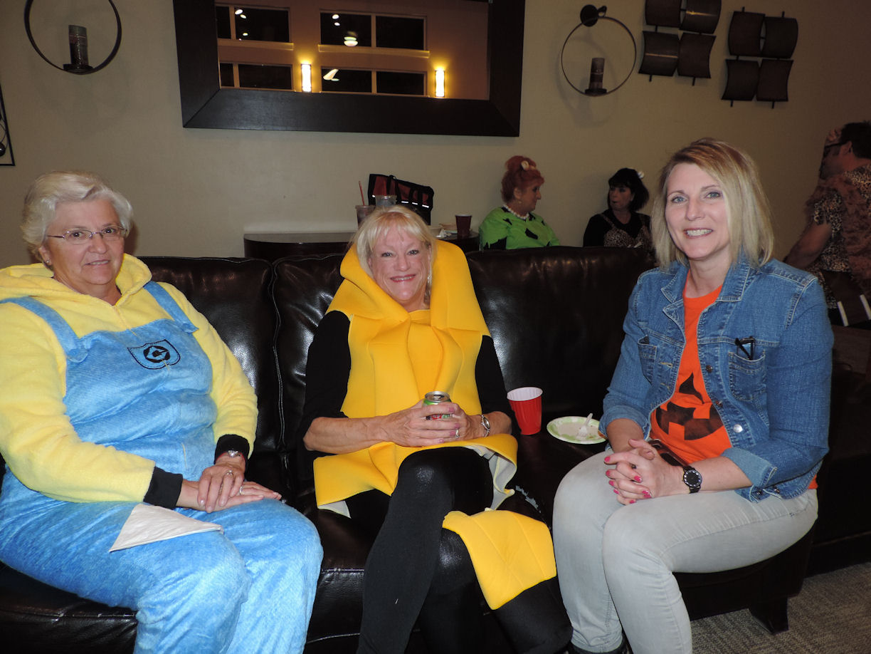 Sharon, Lynn, Karen, Halloween 2017