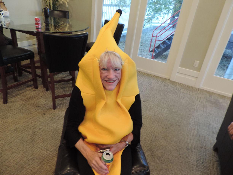 Happy Banana Lynn, Halloween