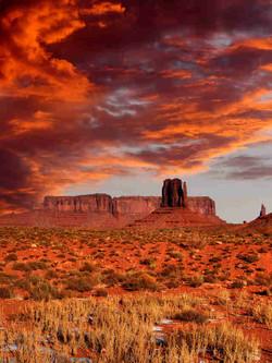 Sunset of Bluffs outside Moab