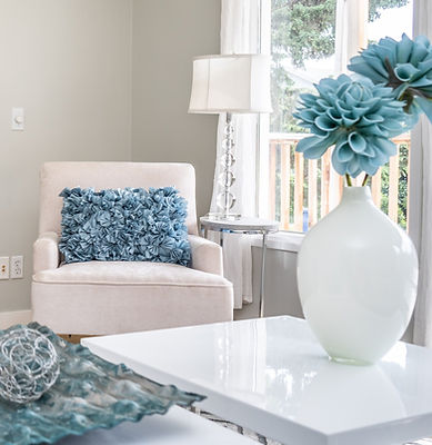 Calgary Airdrie Cochrance Home Staging Blue Living Room