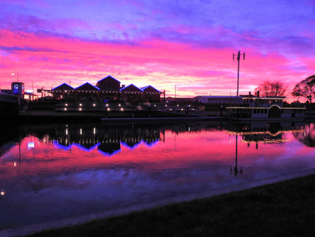 Sunrise over the Port Eagle and Kaiapoi River Queen Angela Torrie.jpg
