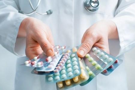 A importância da organização domiciliar de medicamentos