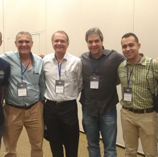 Dr. Paulo com a equipe do Hospital de Ipanema