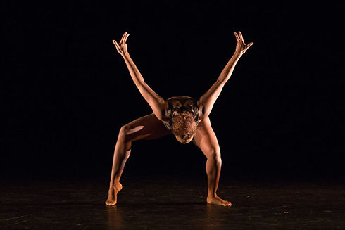 Courtenay Thorne in Forward - photo by D