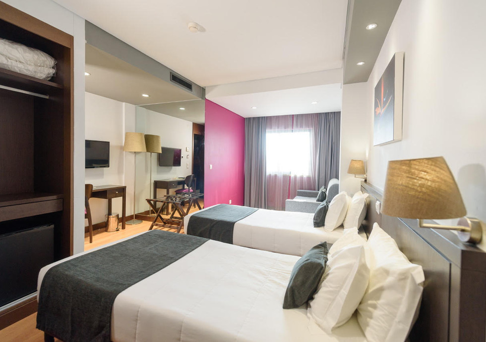 Hotel_Luena_Lisbon_Family_Deluxe_Room
