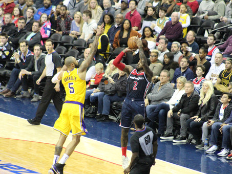 Wall dominant as Wizards run past Lakers