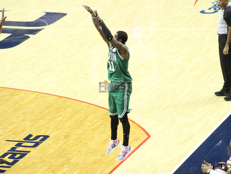 Irving, Wall duel as Boston outlasts Washington in OT
