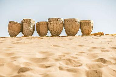 Tambores en la arena