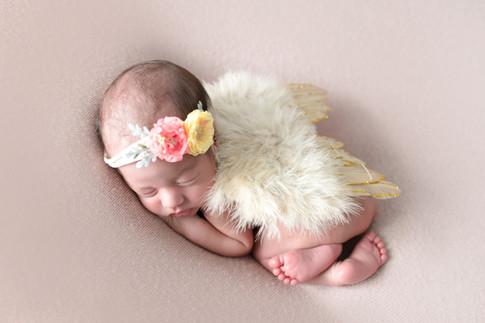 5F0A1315-min.jpgamaternity newborn photography