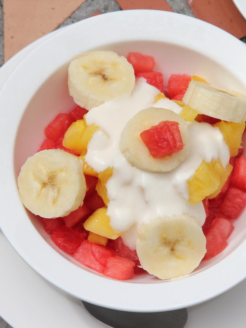 Fresh Fruit with Yougurt