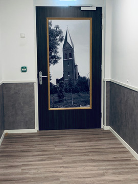 De Maartenshof Linne, Kerk