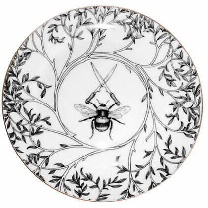 Assiette en porcelaine Made in England .by Rory.