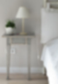 bedside-1208194_1920.jpg