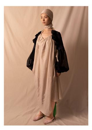 armor sleeve / drape dress