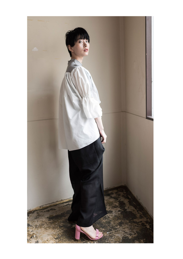 high-necked sweat tops& rayon linen pants