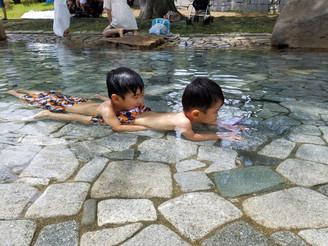 休みの日は子どもたちと公園へ。