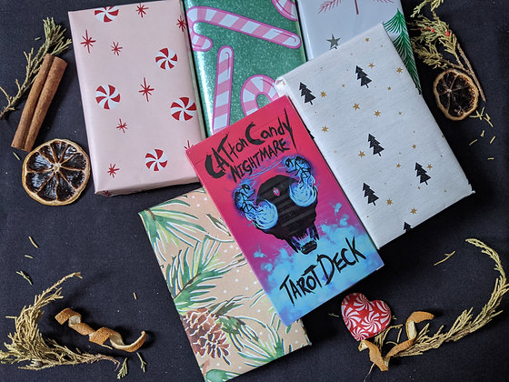 Gift wrapping for tarot decks