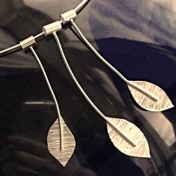 Falling leaves necklet