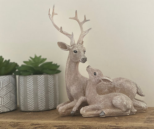 Beautiful Deer & Fawn Ornament