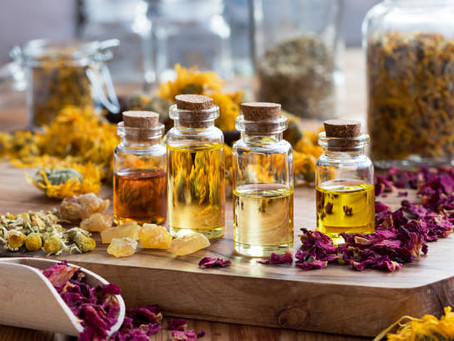Essential Oils and Acupressure: The Positive Effects on Migraine