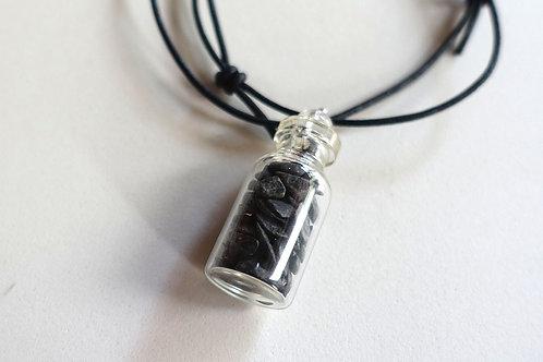 黑瑪瑙許願瓶配皮頸繩