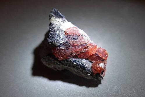 菱錳礦/紅紋石原礦連礦脈標本