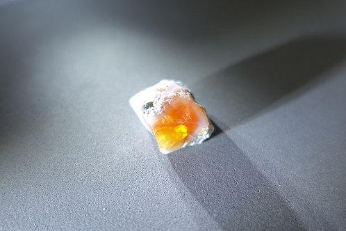 火蛋白石原礦石3