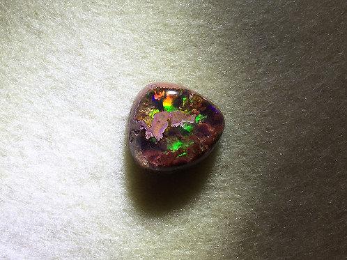 火蛋白石打磨原石3