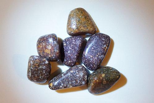 斑岩打磨原石