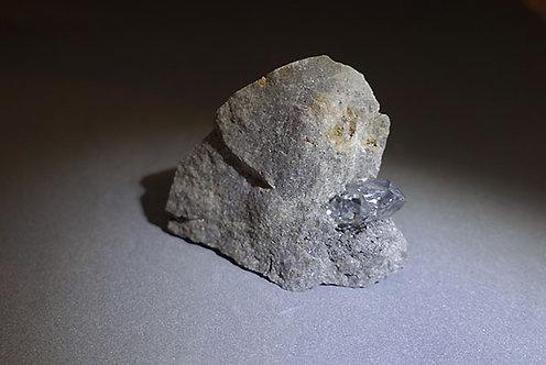 赫基蒙鑽石(閃靈鑽)脈石標本3
