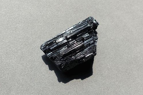 黑碧璽原石5