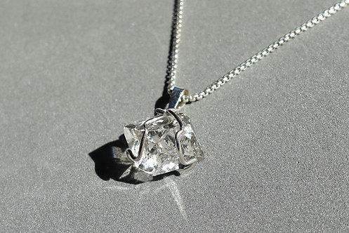 A+級赫基蒙鑽石(閃靈鑽)吊墜配銀頸鏈