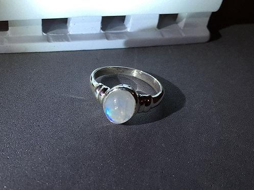 彩虹月亮石銀戒指(8號)